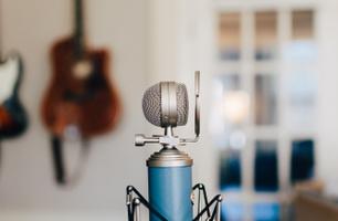 Podcast & Livestream