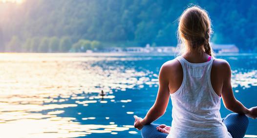 Omslagsbild för Yoga World